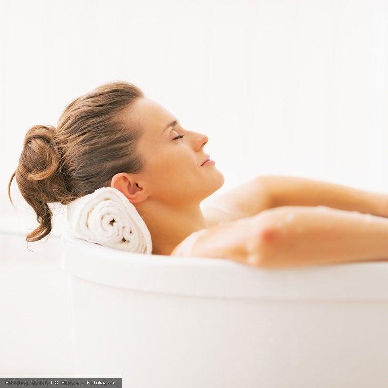 Pflegebad mit dem basischen Badesalz